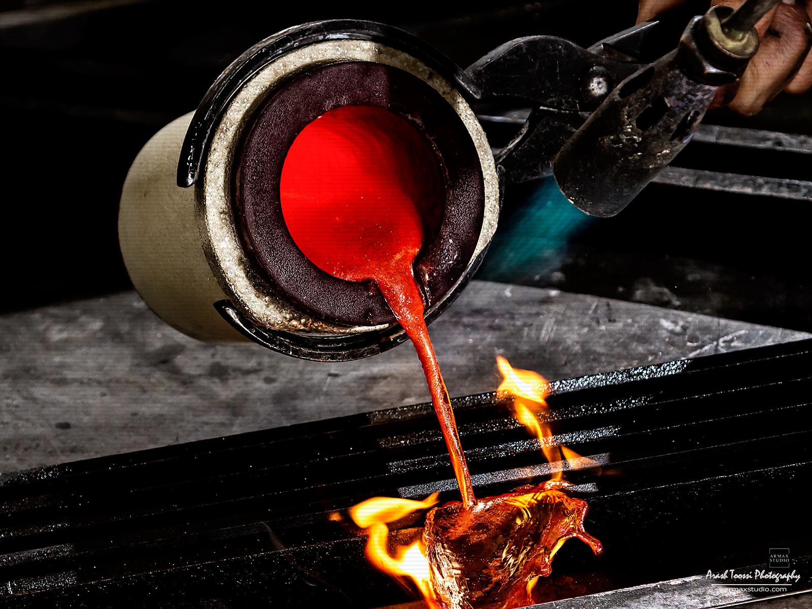 عکاسی صنعتی شاخه ای از عکاسی است که وظیفه دارد محصولات را با کیفیت  بالا قابل قبول  به نمایش بگذارد.
